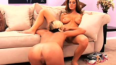 Lesbian MILF gets down to eat out a delicious and fresh teen